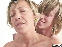 Very hot mature lady fucked lasting