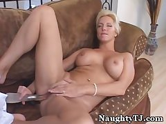 Mature TJ Loves Everywhere Be Naughty