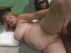 Ebony Tranny fucks Blonde Grown-up