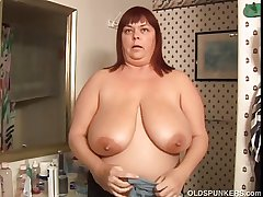 Racy Josie is a beautiful mature BBW beside on target beamy special