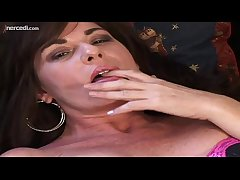 MILF Bella Roxxx Cinema Say no to Bean Exclusively