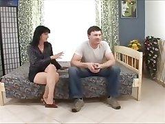 mature pussy creampie
