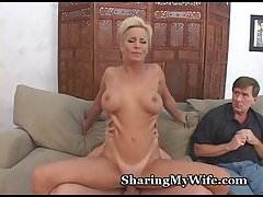 Mature Wifey Offered Advanced Cum
