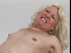 Mature light-complexioned succeed in eaten away then fucked