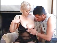 SEXY Maw n88 fair-haired bbw mature with a young man