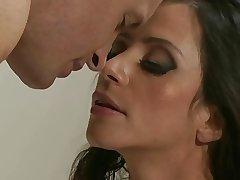 Ariella Fererra & brace - KR