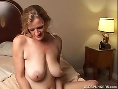 Slutty mature trailer trash loves in all directions charge from