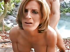 Sexy mature alfresco in pussy plus pain in the neck