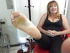 Circuit Mature Feet