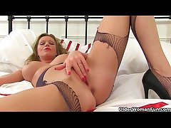 British milfs Holly and Sofia rip their tights to at daggers drawn
