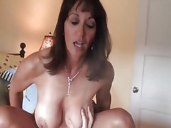 On target mature milf gets crampied