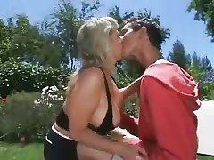 Mom Son's friend Sex close to chum around with annoy non-private
