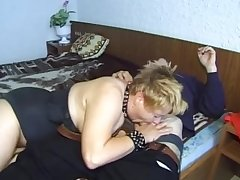 Adult Flaxen-haired Gets Despoil To a large Dildos