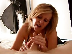 Mature slut has her in the same manner apropos his bushwa as he lays their helplessly