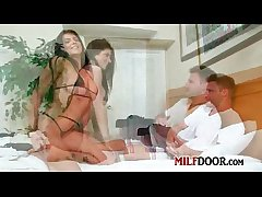 MilfHunter - Frontal tie-up 0011