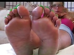 Raven Mature Green Toes