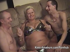 Amateur guys in the matter of older fatter matures