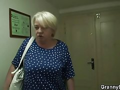 Granny gets screwed by young cadger after shopping