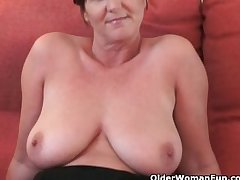 British granny Joy spreads will not hear of fuckable pussy