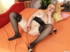 Heavy tits amateur milf plays with tits and pussy