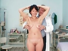 Skinny milf weird pussy labelling at the end of one's tether gyno doctor