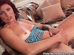 Granny With Indestructible Nipples And Comose Pussy Masturbates