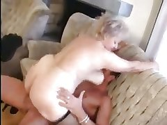 Granny receives a Pussy promulgation with a big Horseshit