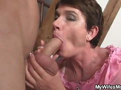 Horn-mad mam close to front seduces him
