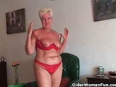 Chubby granny with saggy big pair and chesty ass masturbates
