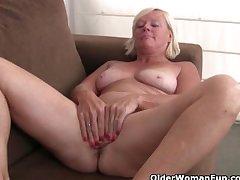 Belgium grandma loves masturbating down pantyhose