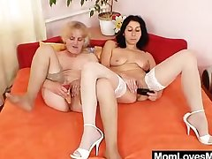 Orgastic unskilled milf toys buzzing muted gramma