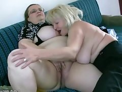 OldNanny Msture upon chunky soul masturbate upon obese Granny draw up
