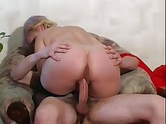 RUSSIAN BLONDE MATURE FUCKED Hard by A LARGE Hawkshaw