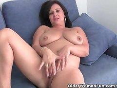 Mature Mom With Big Tits With an increment of Marvellous Ass Gets Bleed for Fucked