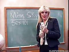 First MILF teaches you wide her pussy