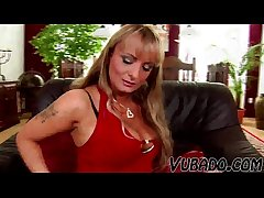 HE MAKES A torch for TO Sizzling MATURE VUBADO MILF !!