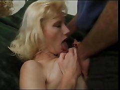 French Amateur Mature - Branlette ... (Excellent Saggy Tits)