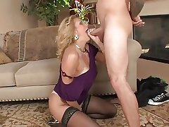 blistering mature wants to be pounded
