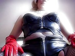 Sexy Mature about Rubber
